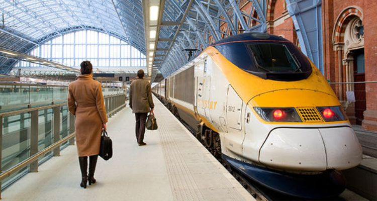 Learn About Train Travel in London